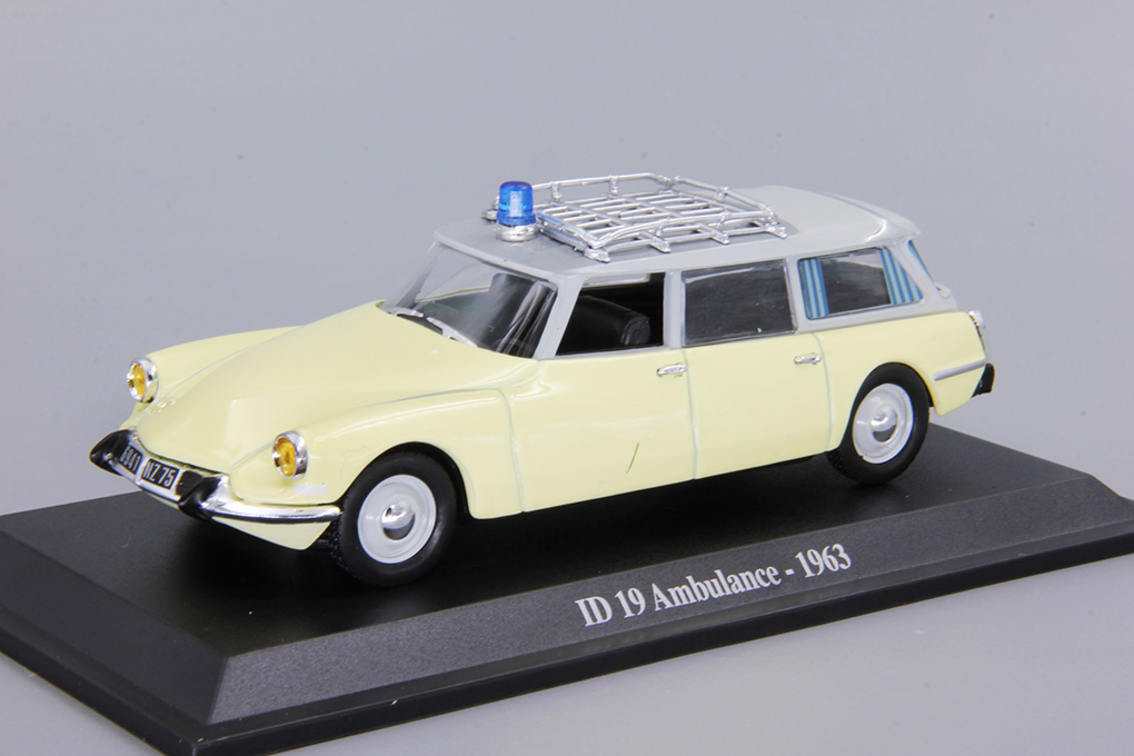 Citroen DS ID 19 ambulance -1963-