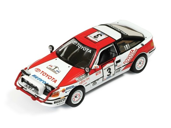 Toyota Celica 4WD #3 (B.Waldegaard, F.Gallagher) Winner Safari Rally 1990
