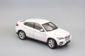 BMW X6 xDrive50i (white)