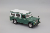 Land Rover 109 Green/White