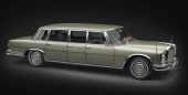 Mercedes-Benz (W100) 6-door Pullman with sunroof (oliv)