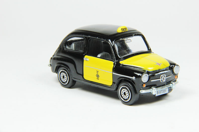 Seat 600 taxi - Guisval
