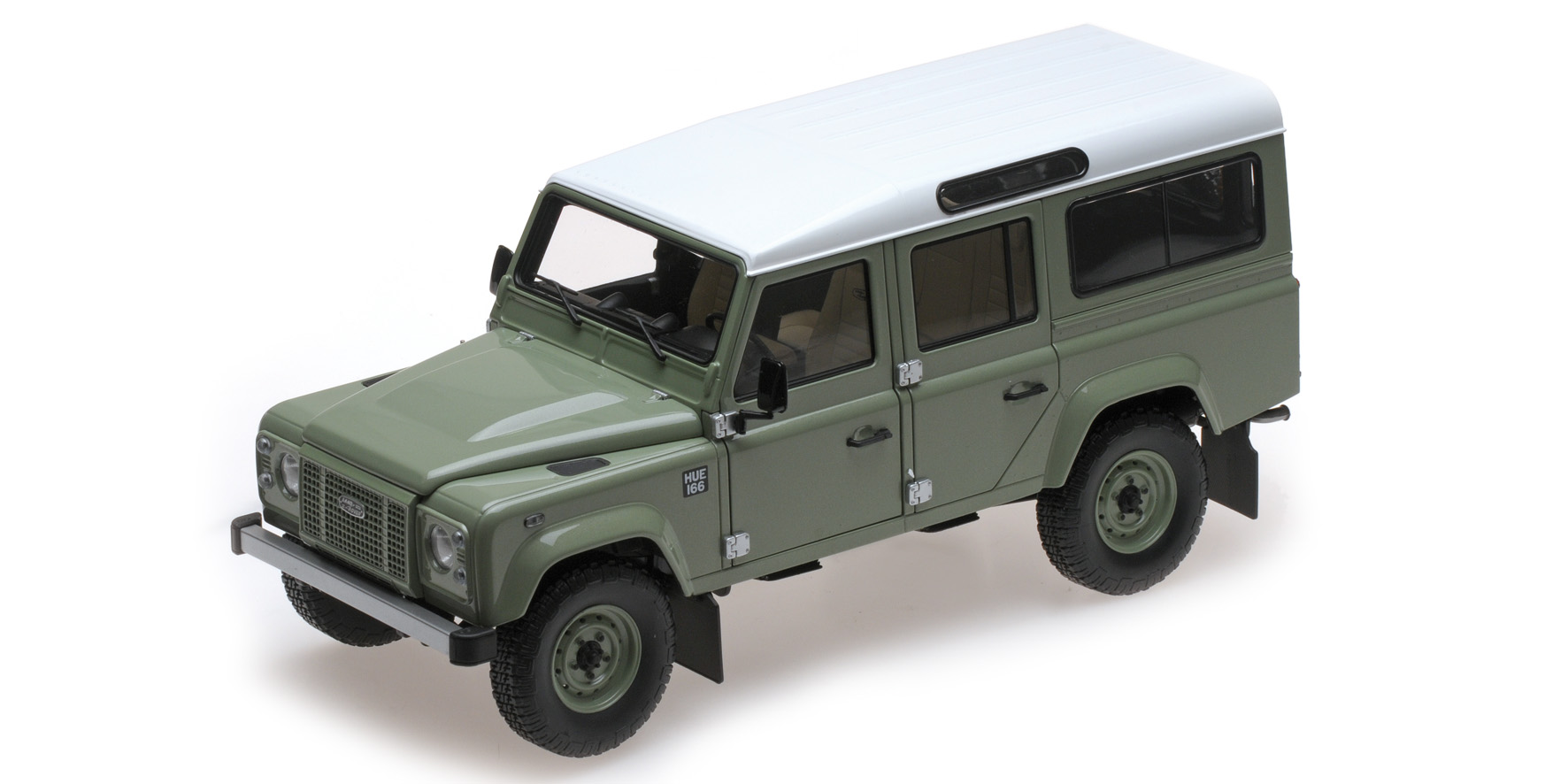 Land Rover Defender 110 2015, Heritage edition (green)