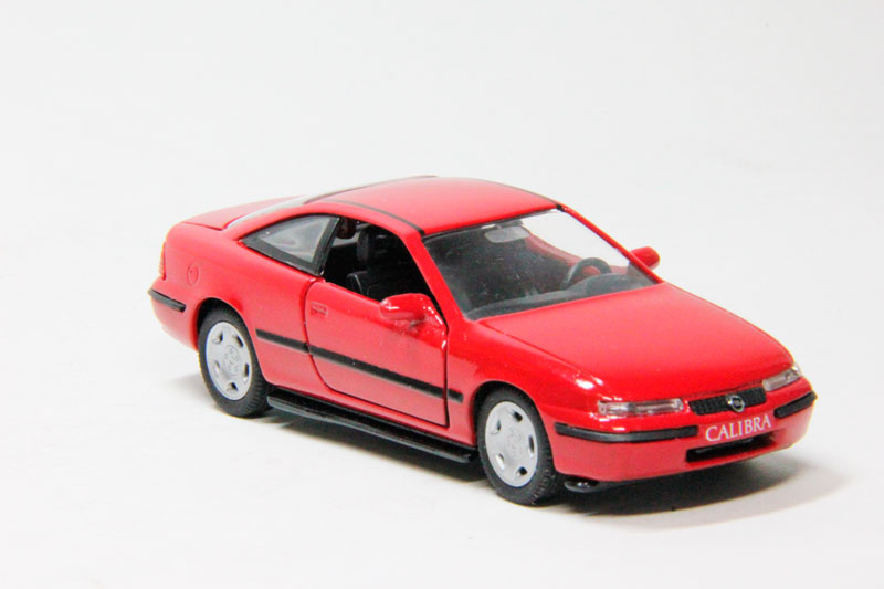 Opel Calibra (red)