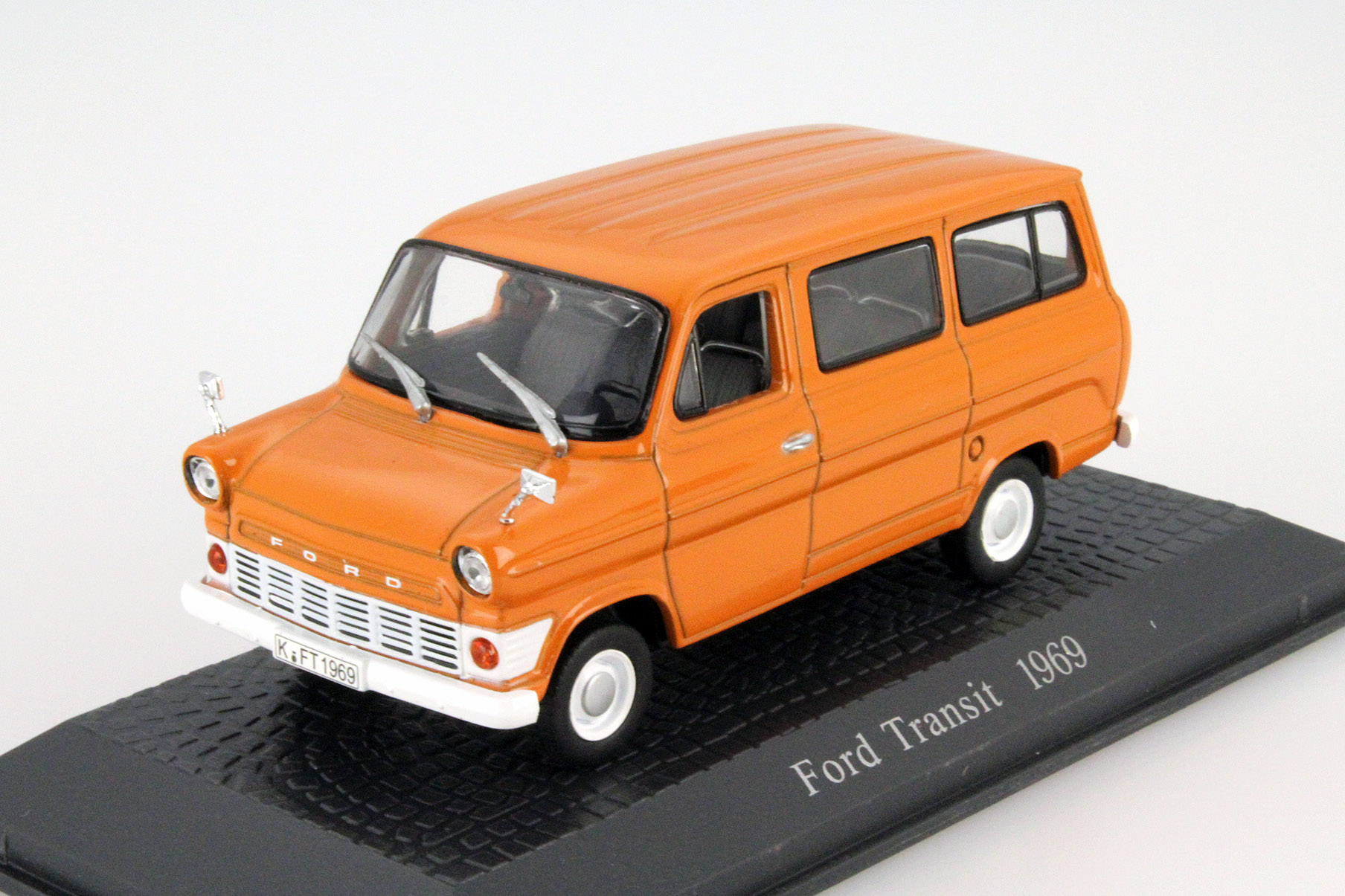 Ford Transit Bus 1969 Orange