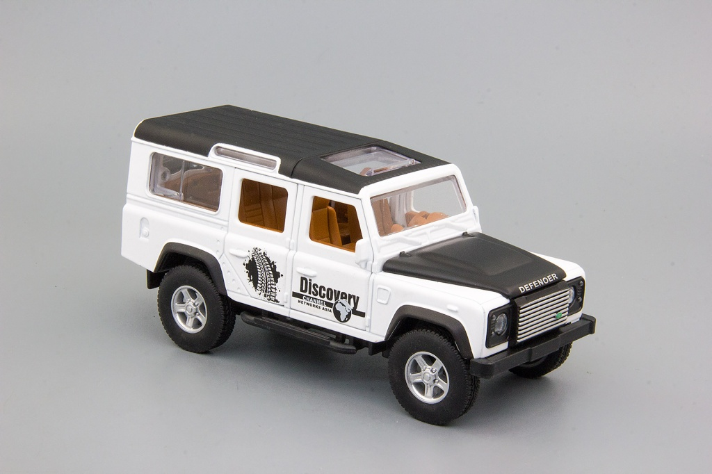 Land Rover DEFENDER (Discovery Channel Asia), 145х60 мм, белый
