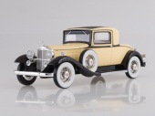 PACKARD 902 Standard Eight Coupe 1932 Light Yellow/Black