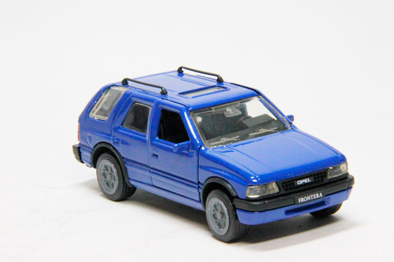 Opel Frontera 5-dr (blue)