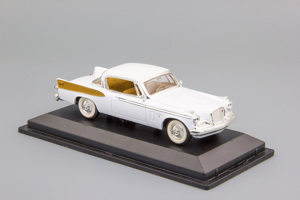Studebaker Golden Hawk (1958) white
