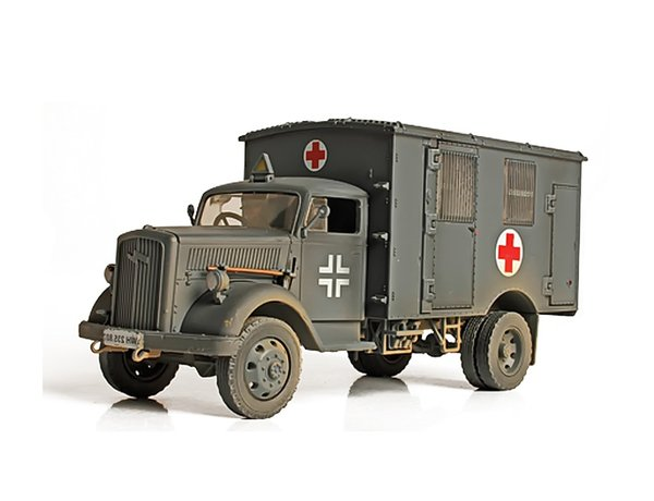 Opel Blitz 4x4, Ambulance, France, 1940