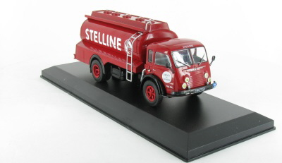 "Renault 4140 ""Faineant"" Camion Citerne Stelline"