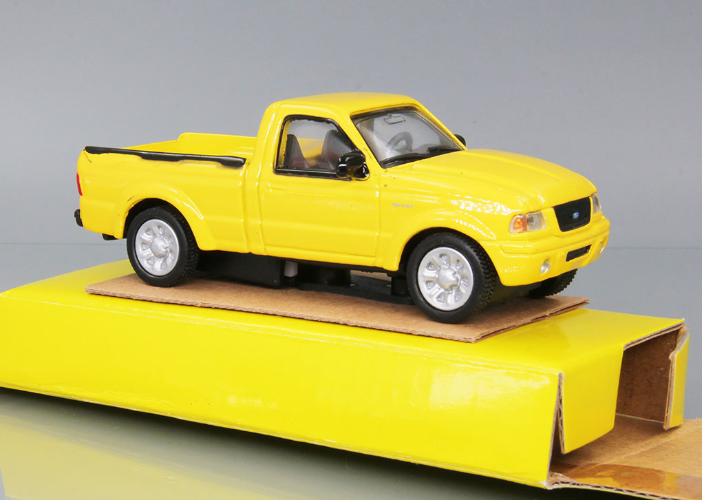 FORD Ranger 2001 (yellow)