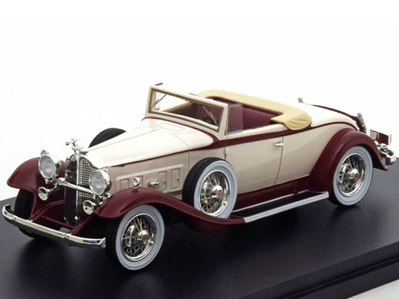 Packard 902 Standard Eight Convertible 1932