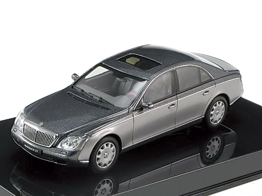 Maybach 57 SWB 2003 (Himalayas Grey Dark / Himalayas Grey Bright)