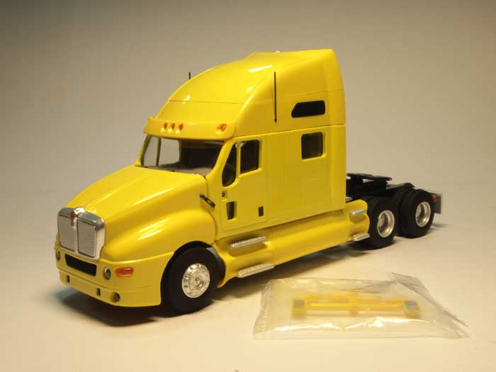 Kenworth T2000 (yellow)