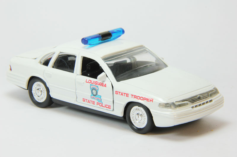 Ford Crown Victoria - Louisiana State Police
