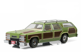 "Family Truckster ""Wagon Queen"" (Ford Ltd Country Squire) 1979 (из к/ф ""Каникулы"")"