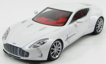 Aston Martin One 77 2009 White