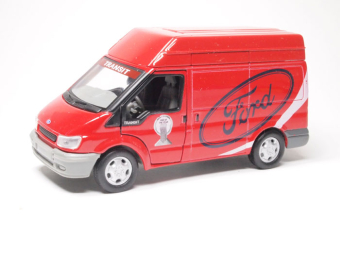 Ford Transit short van (red)